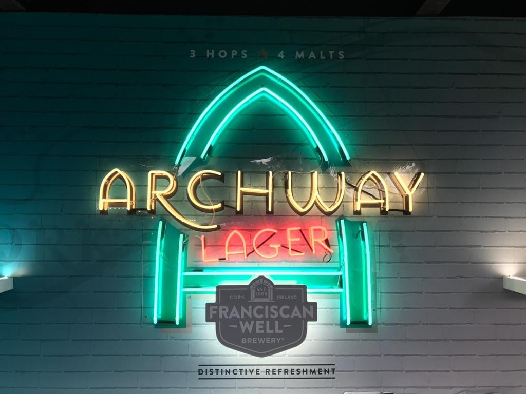 Archway logo on a neon sign bar BL Neon