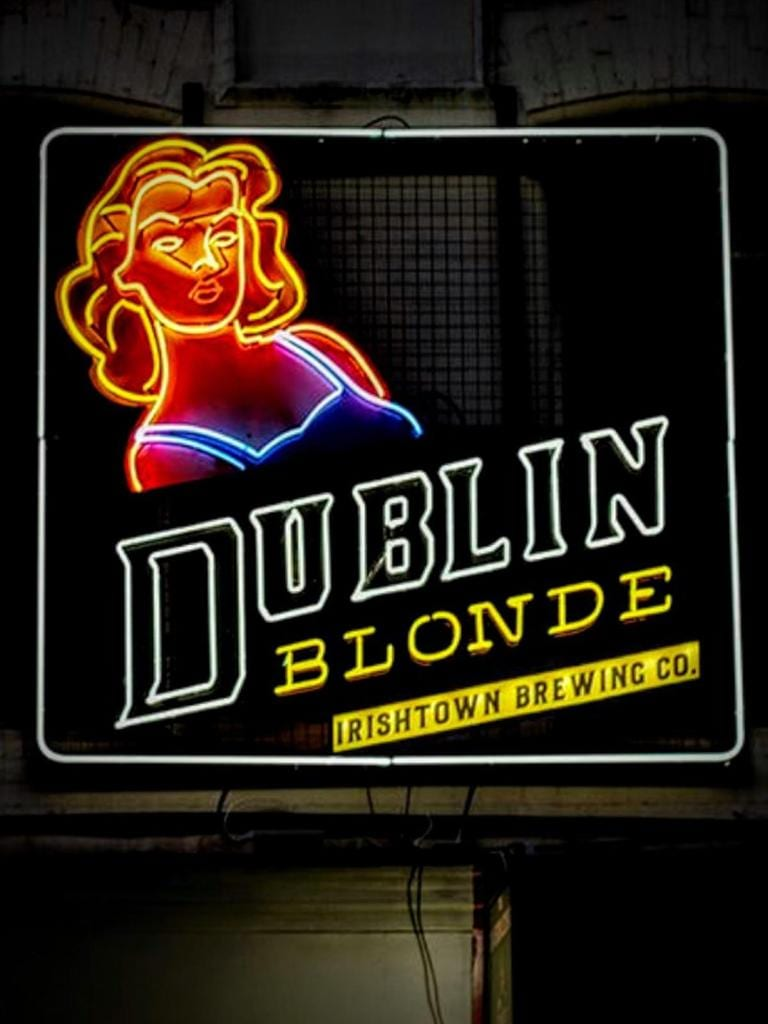 dublin blonde 80s style sign made by bl neon signs