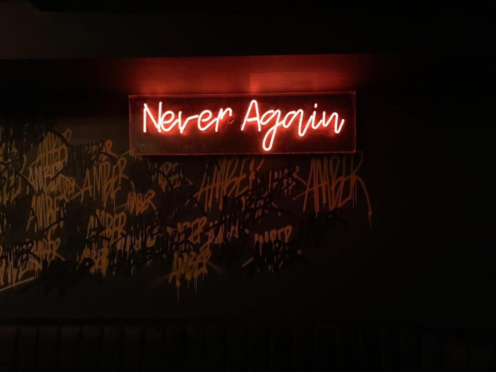 never again design graffiti
